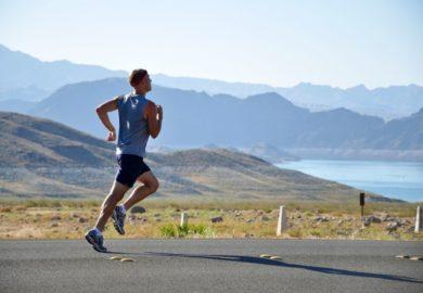 Jak uzupełniać niedobory składników w diecie sportowca